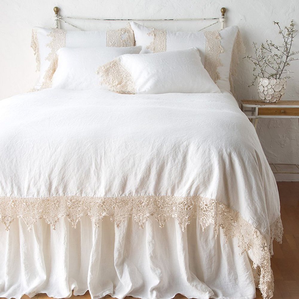 Bella Notte Frida French Country Pillowcase Winter White