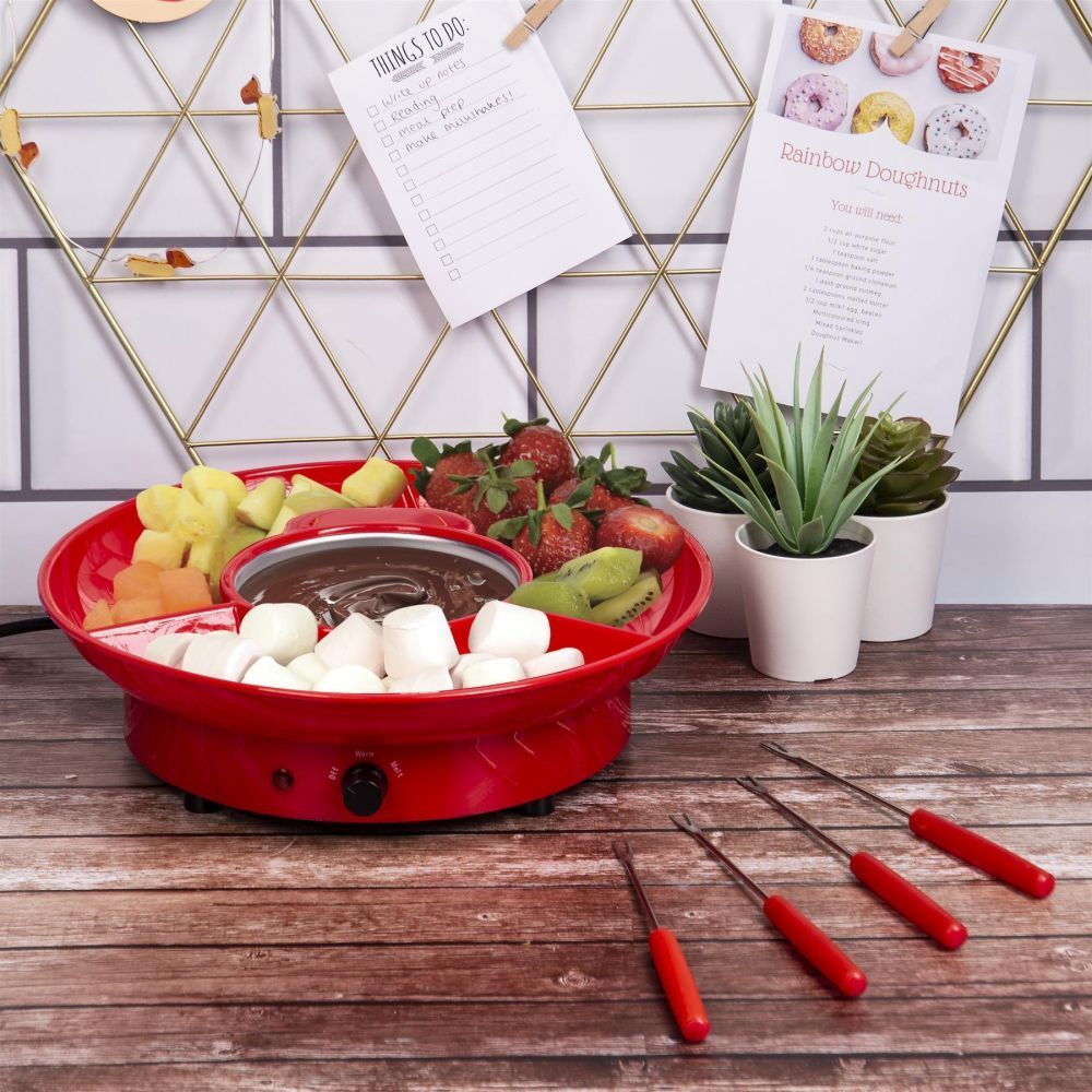 Kitchen Republic Chocolate Fondue Set #chocolatefonduerecipes Enjoy sociable sharing food with our Kitchen Republic Chocolate Fondue Set. A great gadget for nights-in with friends, family and the sweet-toothed among us! #chocolatefonduerecipes