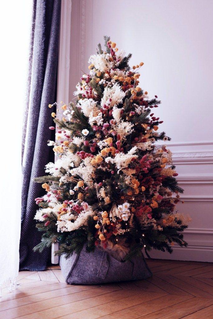 Sapin de Noël en bouquet de fleurs séchées déco originale coloré