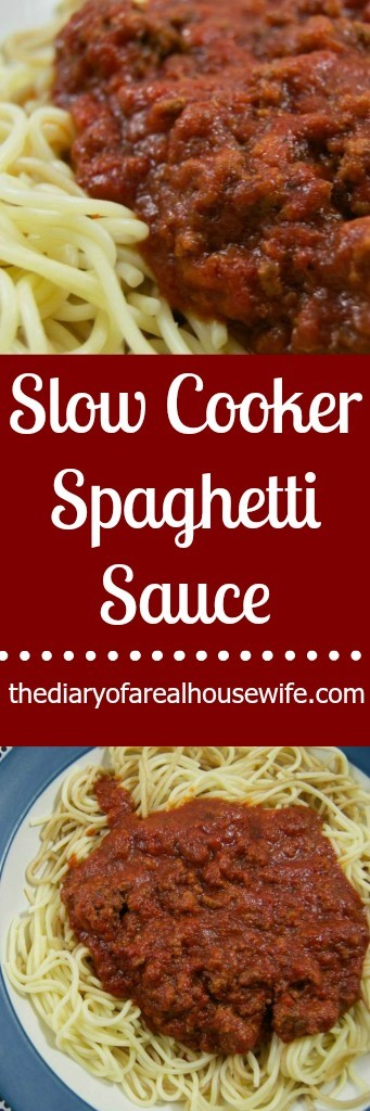 Super easy slow cooker spaghetti sauce. Simple dinner idea for busy weeknights!
