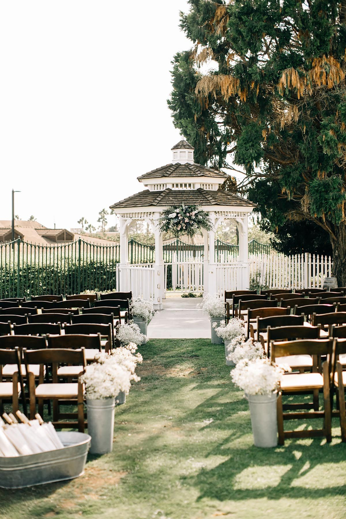 Rustic Outdoor Wedding // Huntington Beach, CA   Rustic ...