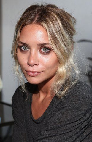 Olsens Anonymous Blog Stye Fashion Ashley Olsen Twins Subtle Smoky Eye Eyeshadow Natural Lips Photo by olsensanonymous | Photobucket