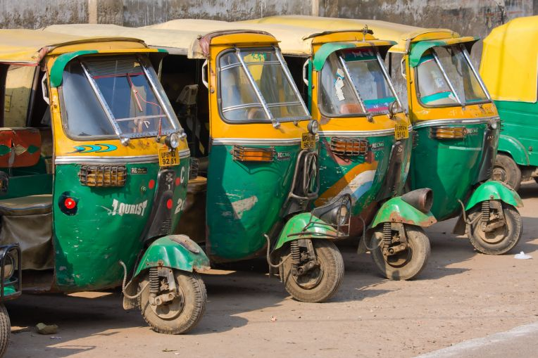 Uber Suspends Its Auto Rickshaw Service In India India Bmw Cars