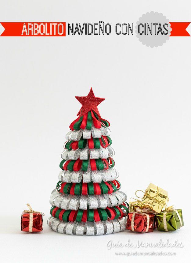 Arbolito navideño con cintas | Manualidades Para Navidad | Pinterest ...
