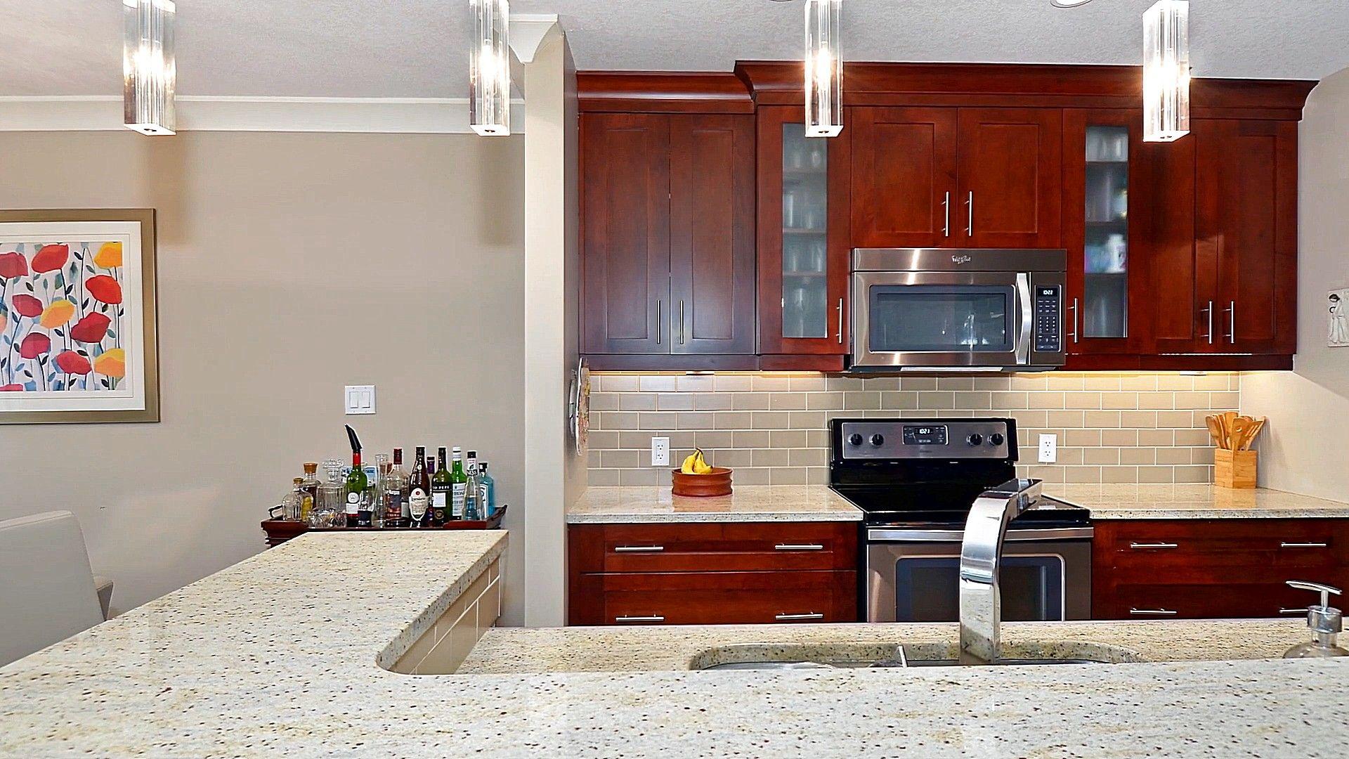 Dark Red Oak Kitchen Cabinets Oak Kitchen Cabinets Oak Kitchen Kitchen Cabinets