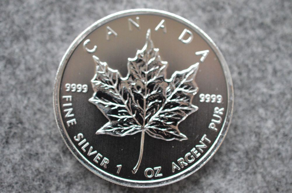 Details Zu Feinsilber 1oz Fine Silver Elizabeth Ii 2009 Canada 1