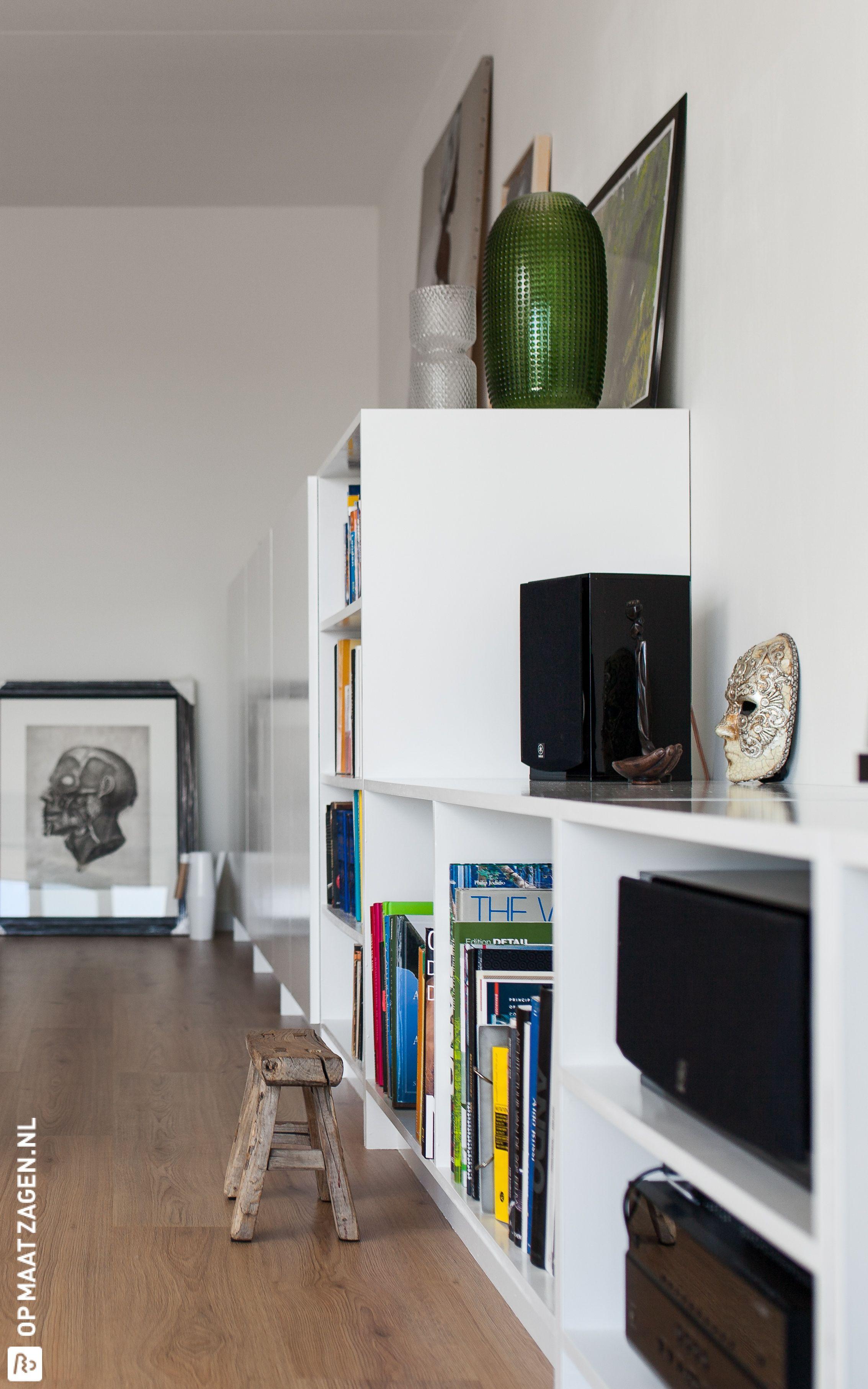 Zelfgemaakte kastenwand van MDF voor in je woonkamer
