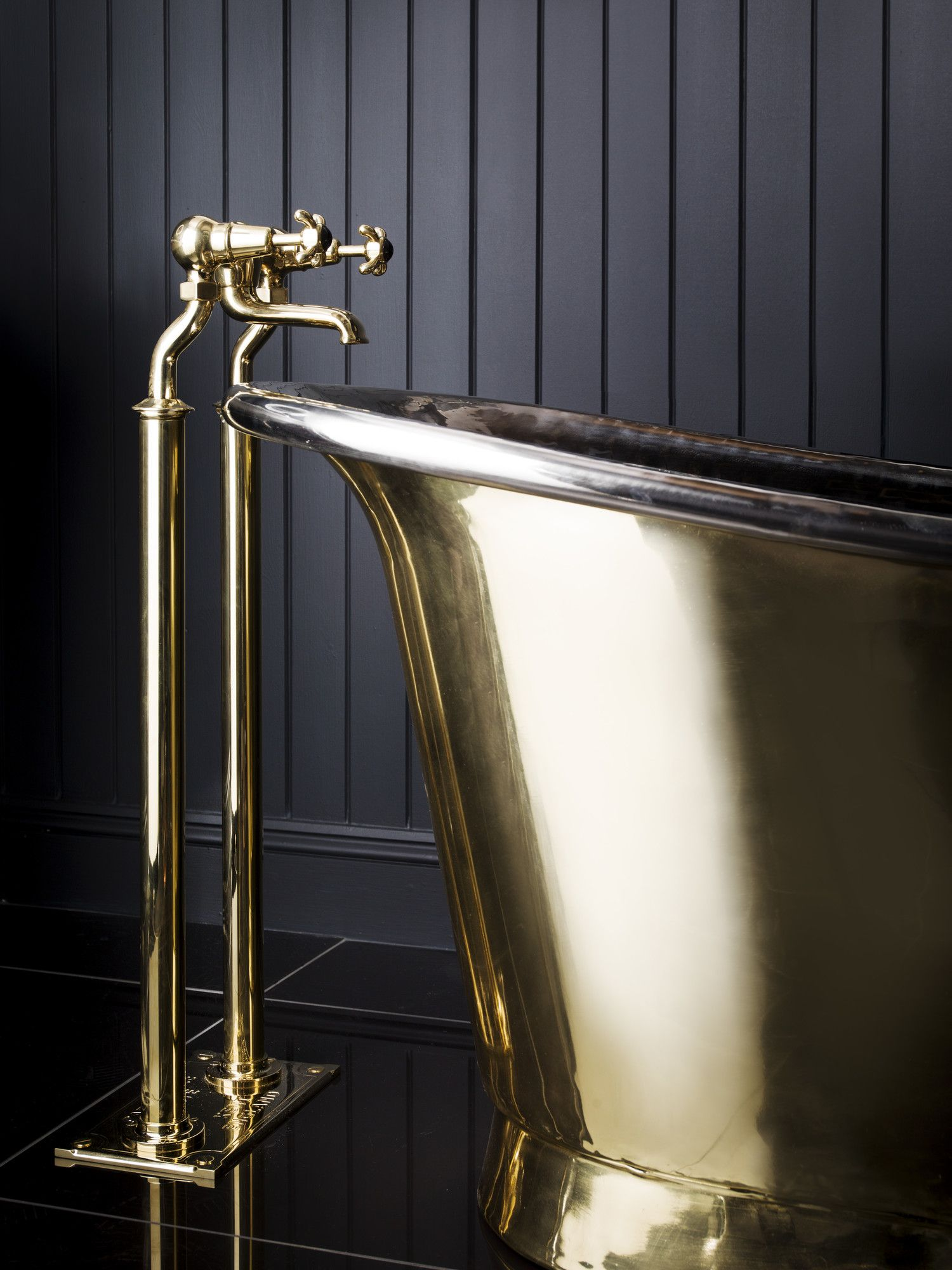 Catchpole   Rye  standpipes in solid  brass are an elegant addition to any  bath. Catchpole   Rye  standpipes in solid  brass are an elegant