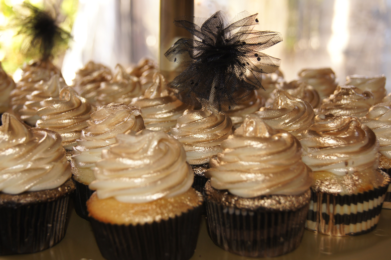 Golden cupcakes!