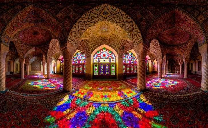 Nasir al-mulk, también conocida como la Mezquita Rosa, en Shiraz, Irán. (Foto: Mohammad Reza Domiri Ganji)