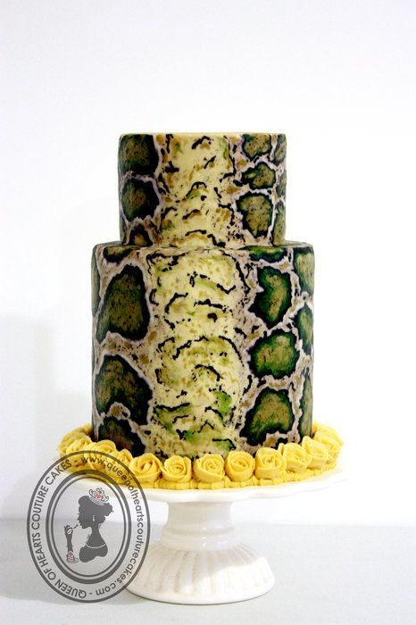 Venom Cake - The Year of the Snake by Queen of Hearts Couture.  Buttercream folks, not fondant or painted.  Wow!