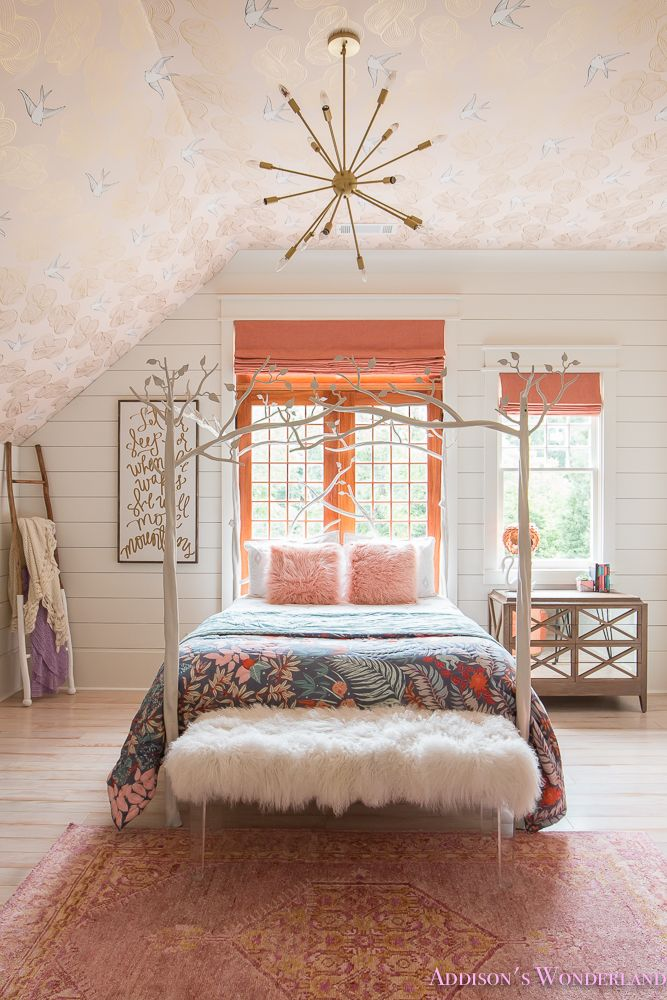 Addison's Bright Coral Young Girl's Bedroom Reveal #girlsbedroom