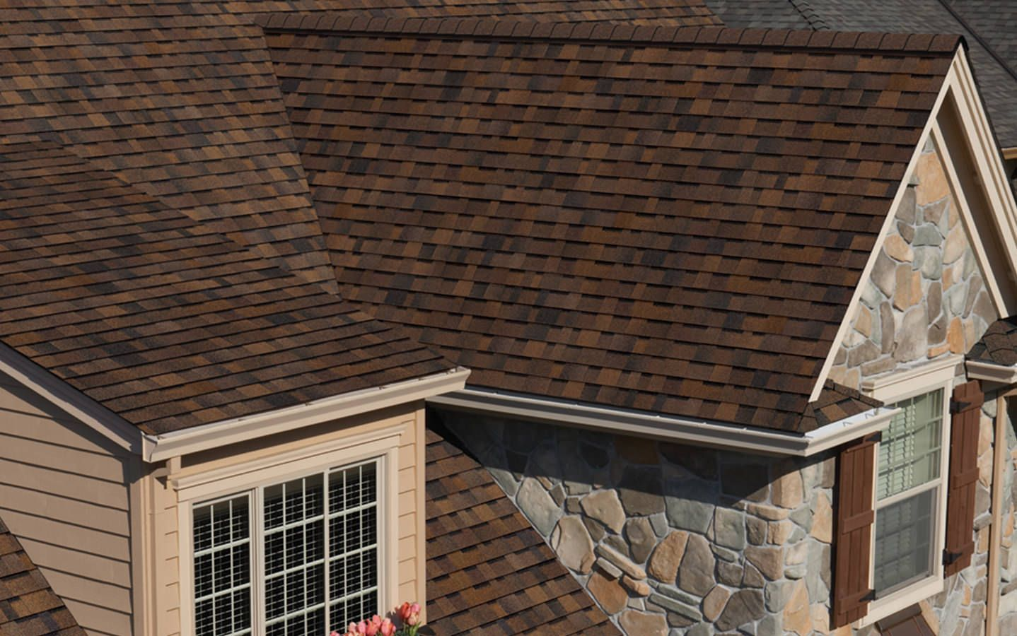 Best Duration Storm® Owens Corning Roofing Shingling 400 x 300