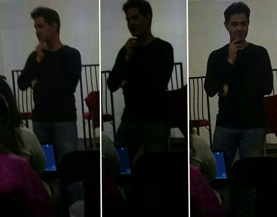 Thevocalcoach NicoG in action during seminar
