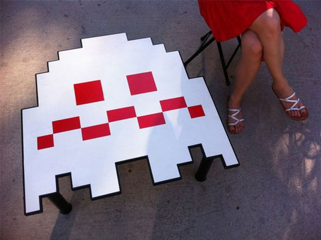 Pacman Ghost Table