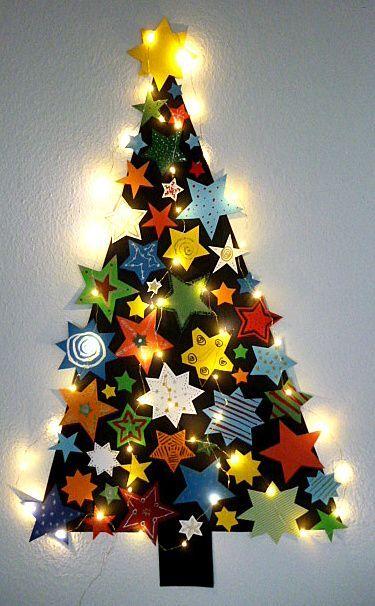 Tannenbäume mit Sternen, Kugeln und Glitzerfolie - Weihnachten-basteln - Meine Enkel und ich #fensterdekoweihnachtenbasteln