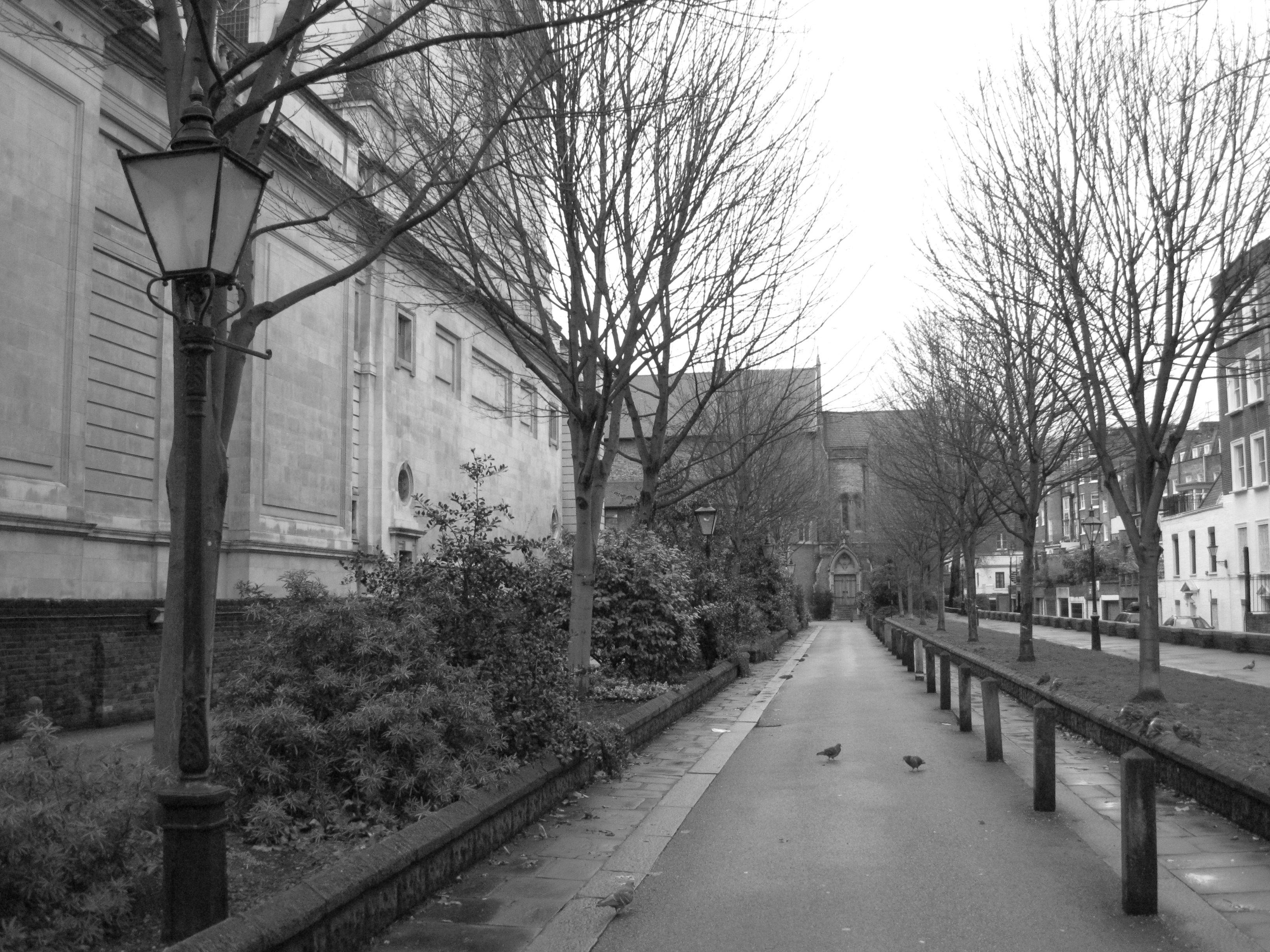 black-white-london.jpg (3264×2448)