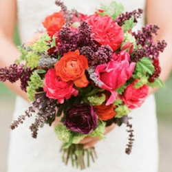 Coral & Raspberry Wedding  Im kinda obsessed with coral. I need a way to mix with purple!