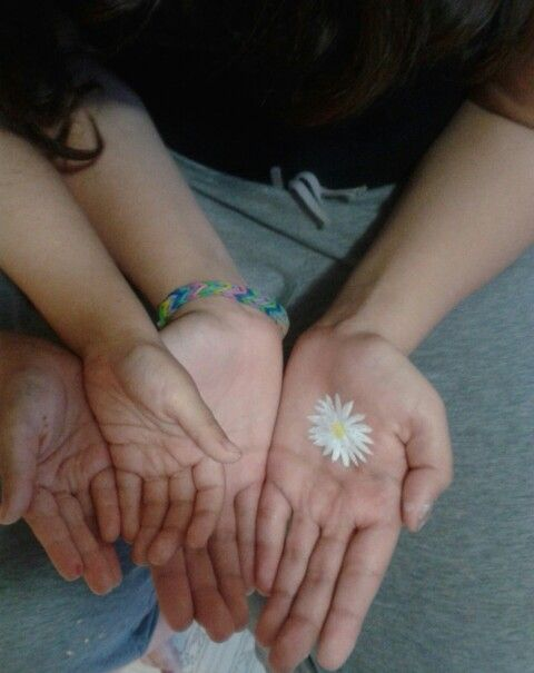 I painted a daisy on my hand with acrylic paint the other day...