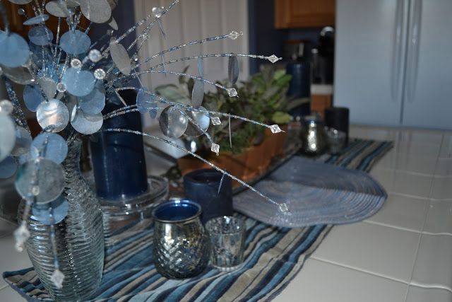 January decorations add some cheer to January winter days, 3P style. #bhgstylemakers