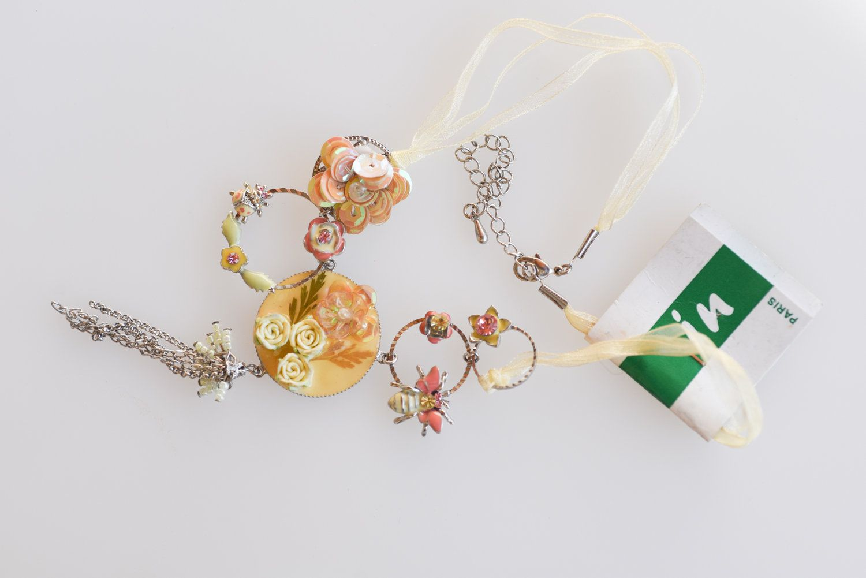 French Vintage Ribbon Necklace Metal Flower Pendant Be In Paris Retro Boho Princess Fashion Pastel Yellow W In 2020 Metal Flower Pendant Metal Necklaces Vintage Ribbon