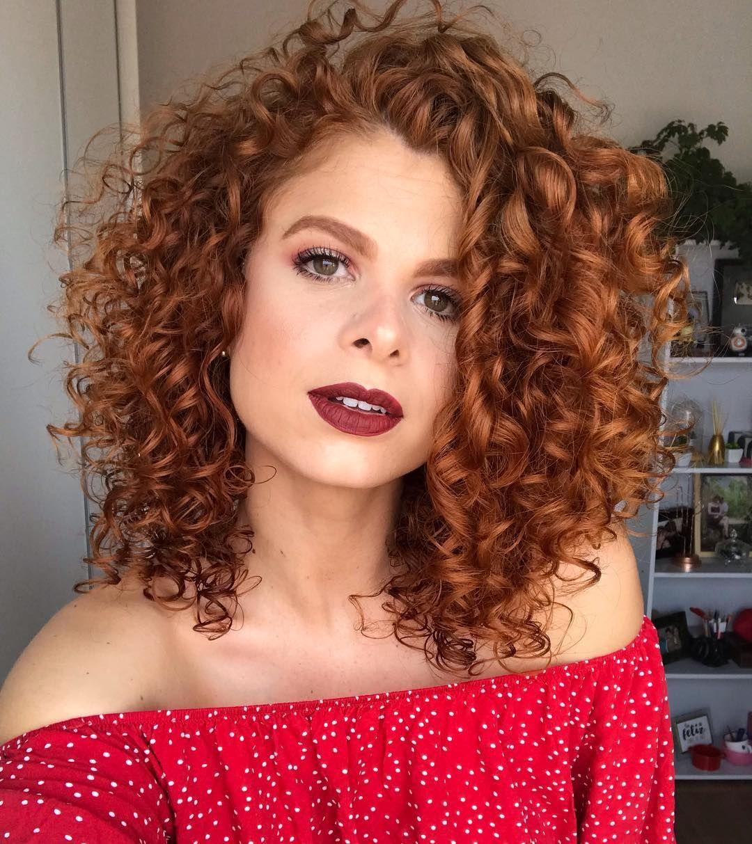 40 fotos de cabelo médio repicado para inspirar sua mudança de visual |  Cabelo repicado medio, Cabelo cacheado ruivo, Cabelo médio feminino