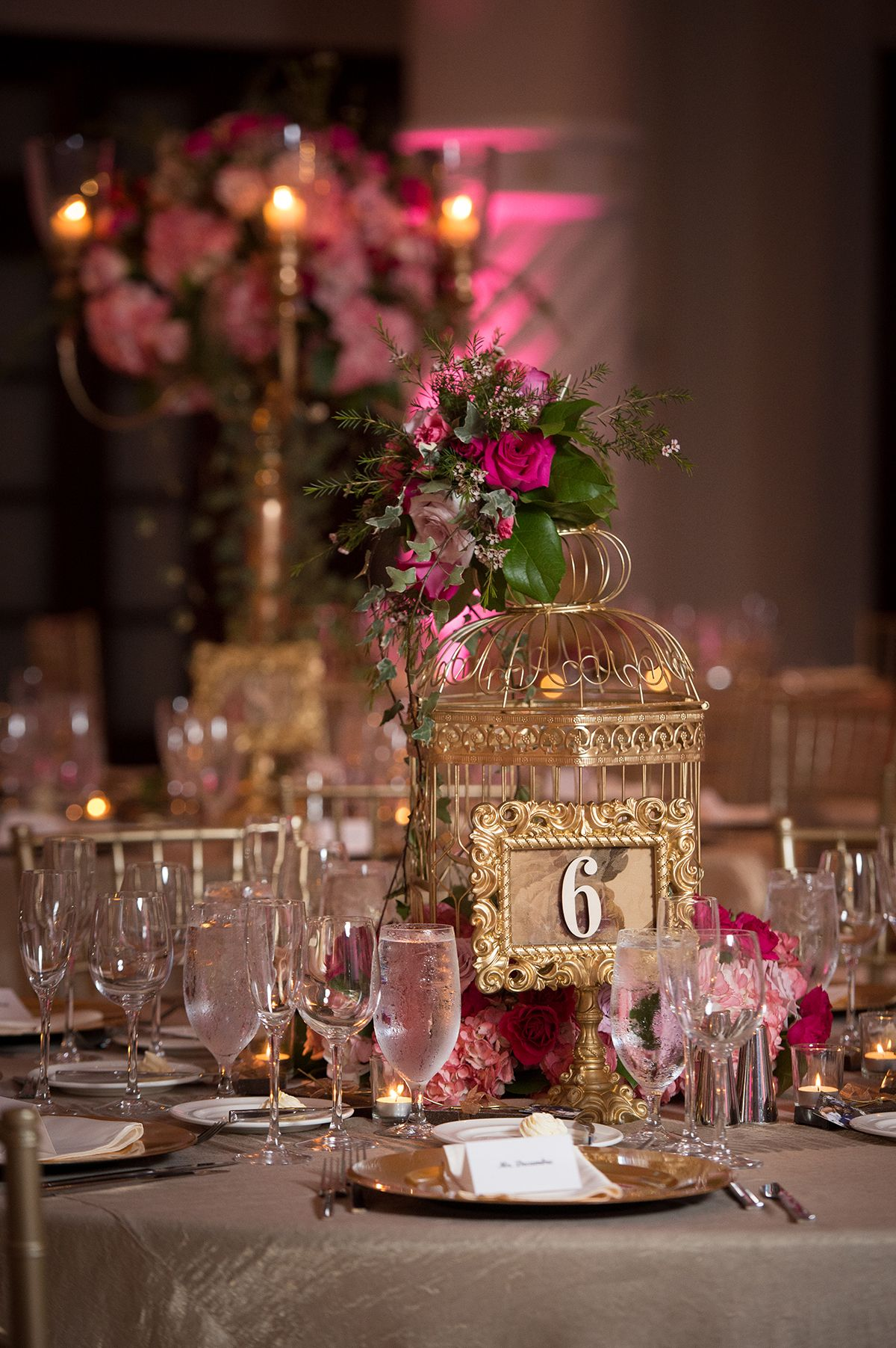 Manolo Doreste Photography Wedding pink gold birdcage table number
