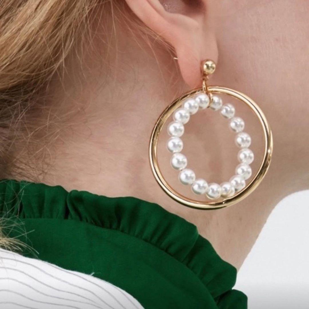 #린이어링 (골드,실버) . . .  #살롱드엘리#악세사리#이어링#네크리스#브레이슬릿#링#모자#스카프#머플러#벨트#양말#가방#패션#스타일#accessory#earring#necklace#bracelet#ring#hat#scarf#muffler#belt#socks#bag#fashion#style