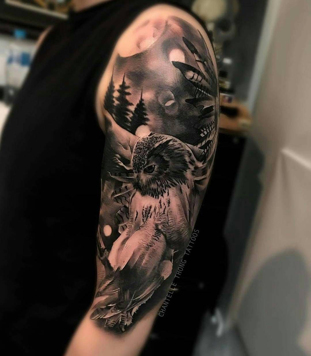 Naturalistic mural tattoos on men pinterest for Arm mural tattoos