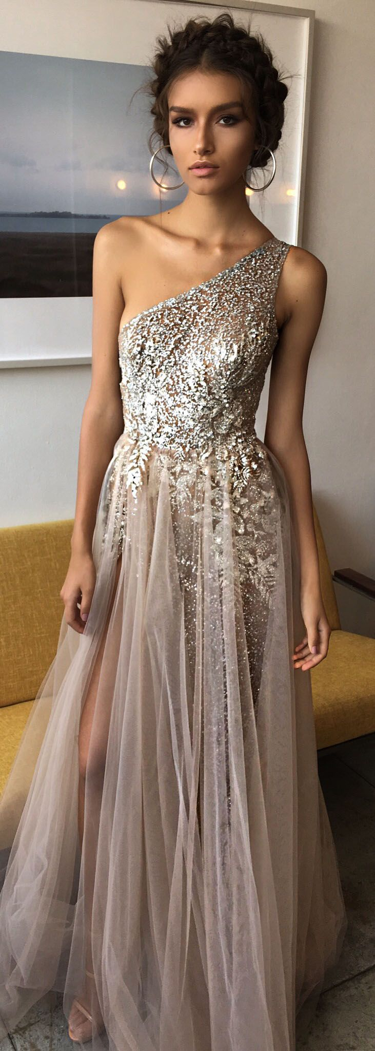 Behind the scenes from the new masterpiece BERTA evening line <3 Sparkle Goddess