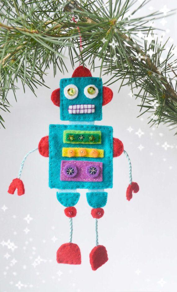 Items similar to Felt Robot,Robot, Christmas Robot, Christmas Tree Ornament, Christmas Decoration, Boys Christmas Gift,First Christmas on Etsy