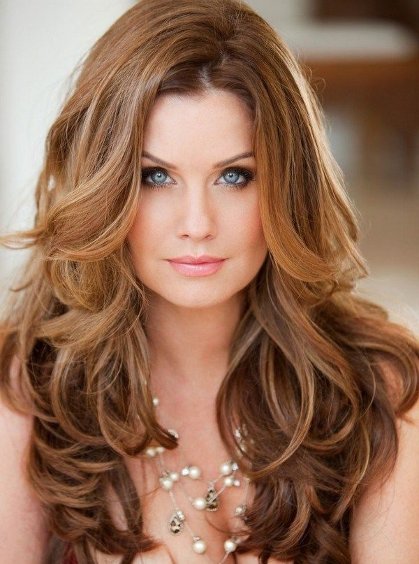 Best Curly Hairstyles For Round Faces Long Wavy Hair Medium Hair Styles Haircuts For Long Hair