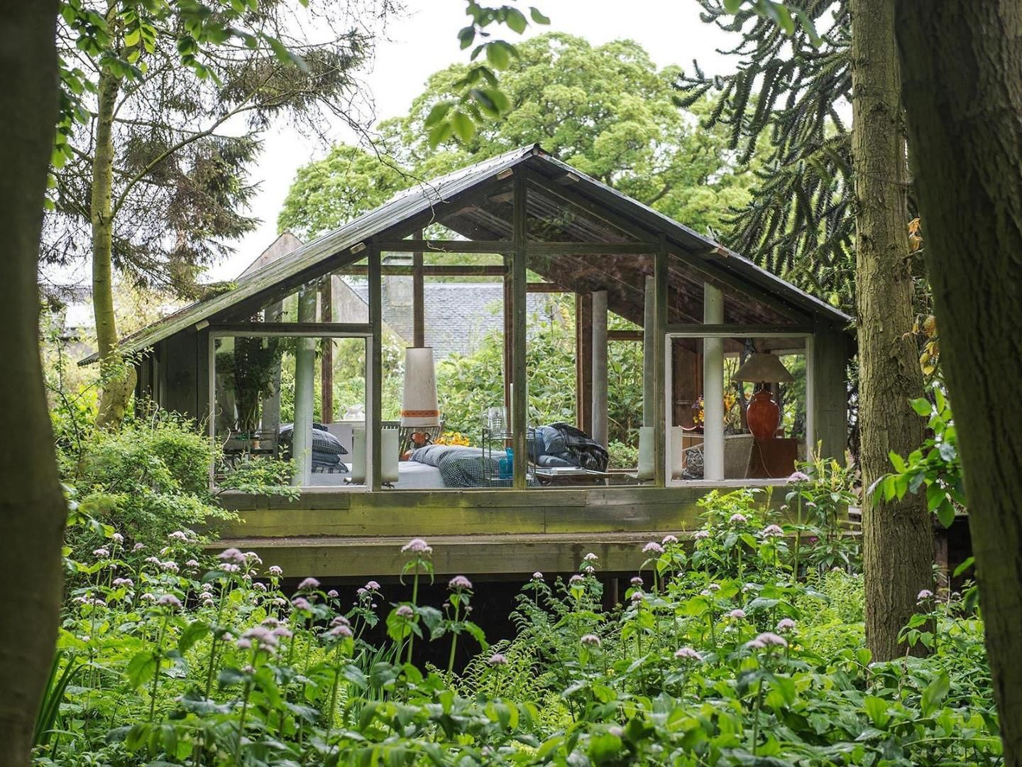 Cool Simple Structure Shed Of The Year House On Stilts