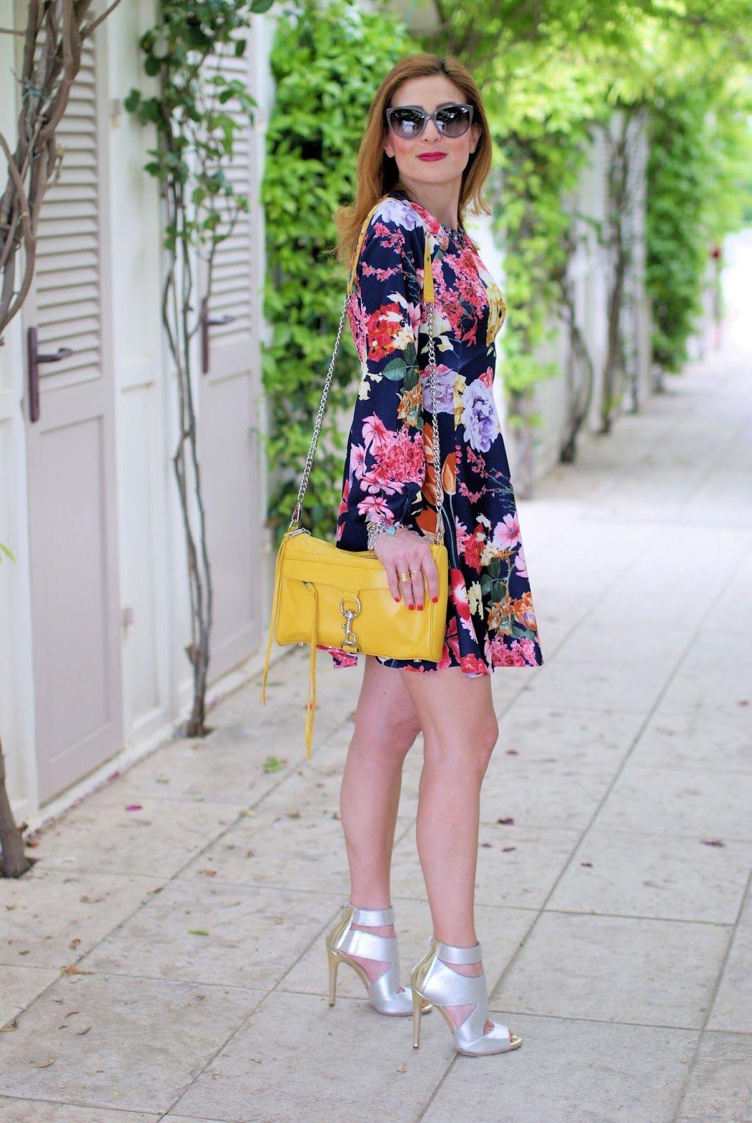 1c5c8ec2a69f How to wear metallic heels