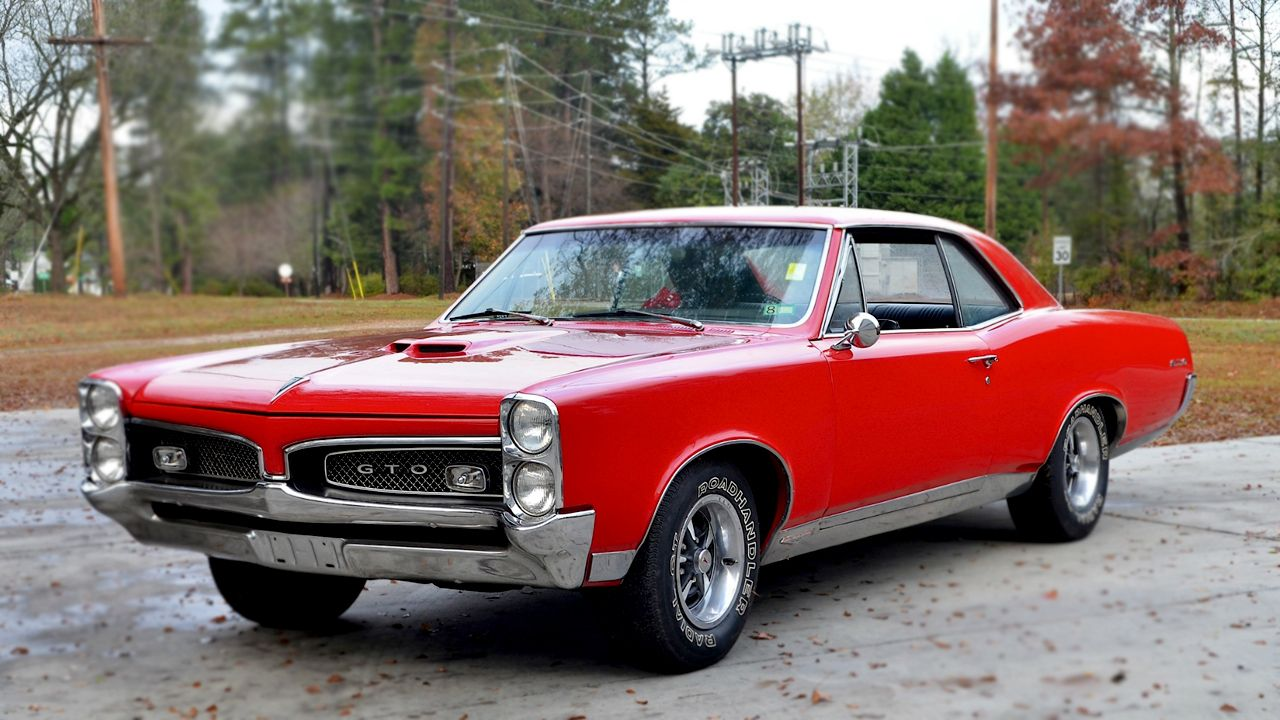 Top 7 Best American Muscle Cars of all Time | LootBandit.com ...