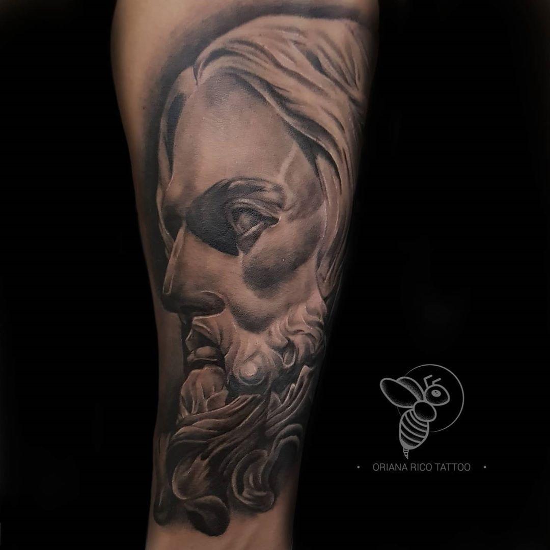 🙏 Cristo tipo escultura 🙏 Citas disponibles 🙌 . . Ideas vía DM 📩  Citas: 0998690245 📲 . #art #springfieldtattoostudio #guayaquil #tattooguayaquil #tattooecuador #ecuador #tattooart #artink  #inked #inktattoo #tattooart #tattooartist #venezuelatattoo #colombiatattoo #realismoensombras #realisticink #realism #realistictattoo #cristo #tattoocristo