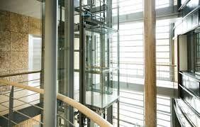 Lift In Huis : Een glazen lift omdat willy wonka en sjakie met een glazen lift