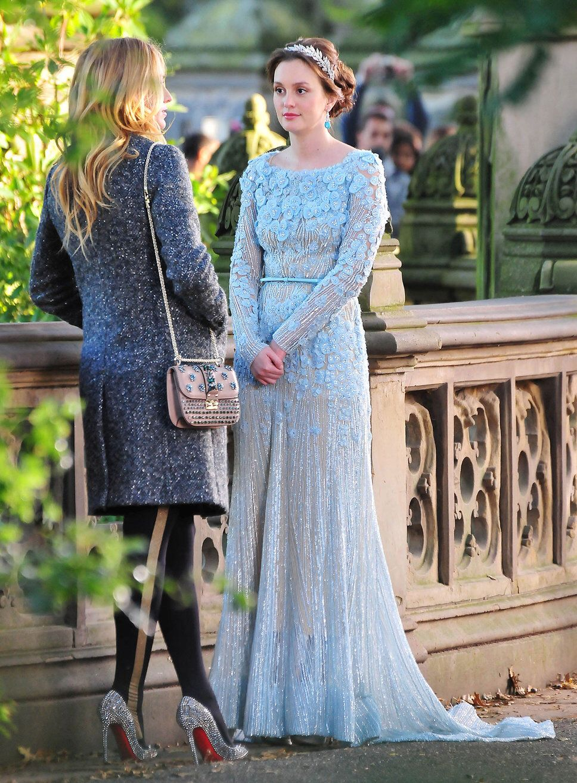 Blair waldorf in a gorgeous pale blue elie saab gown talking