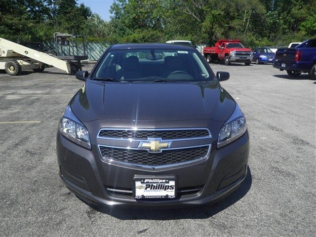 2013 Chevrolet Malibu Taupe Gry Met 11341062 Http Www Phillipschevy Com 2013 Chevrolet Malibu 1ls Chicago Il Vd 113410 Chevrolet Malibu Chevrolet Malibu