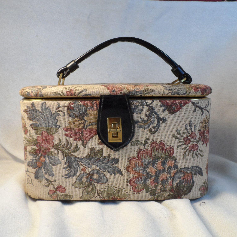 Celebrity New York Make Up CaseMidcentury Travel Bag
