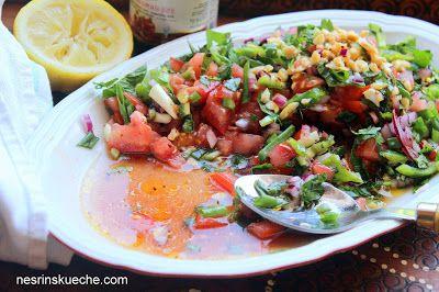 NESRiN`S KÜCHE: Gavurdağı Salatası / Tomatensalat mit Ganatapfelsoße und Sumach