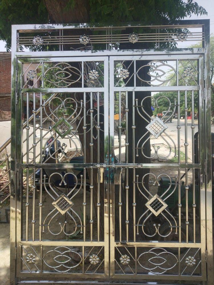Pin By Enver On Metal Gates Steel Door Design Steel Gate Design Metal Gates Design