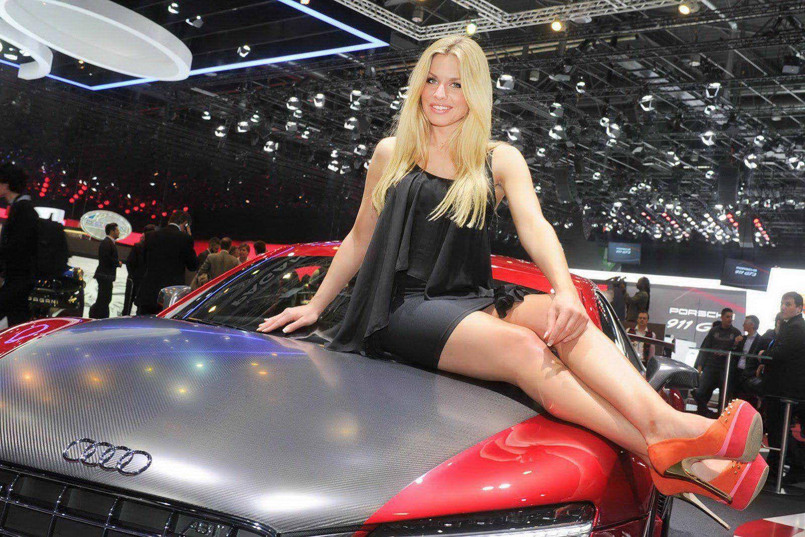 2013 geneva motor show it s a girls thing photo edition