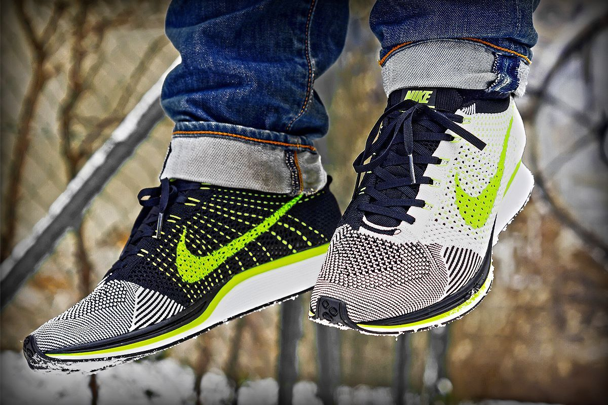 Nike Coureur Flyknit Libre Oreo Volts