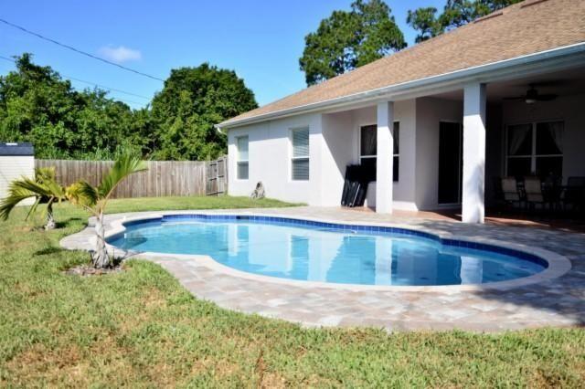 Tradition Gatlin Road Area Offers A 4 Bedroom Pool Home Pool Salt Pool Port St Lucie Florida