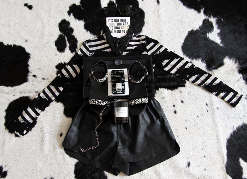 black-white-moodboard
