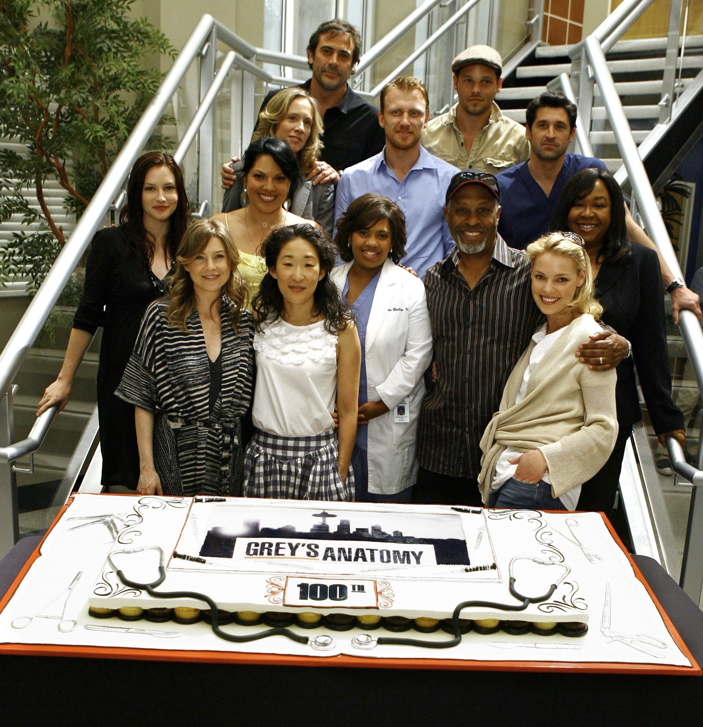 Greys Anatomy 100th Episode Celebration My Tv Addiction