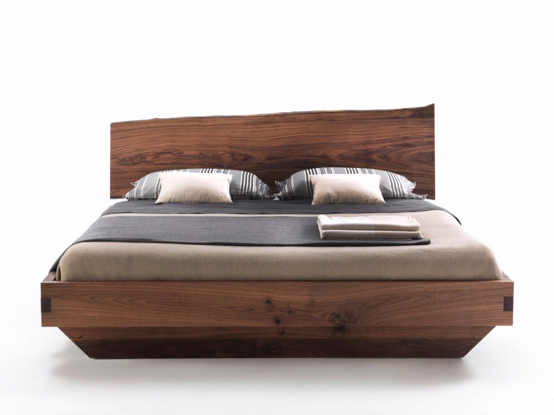Natura 6 | Double beds, Solid wood and Woods