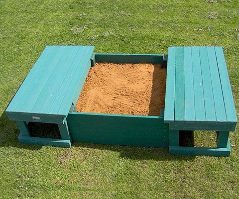 Sand Pit With Added Seating That Also Acts As The Lid Totsdiy