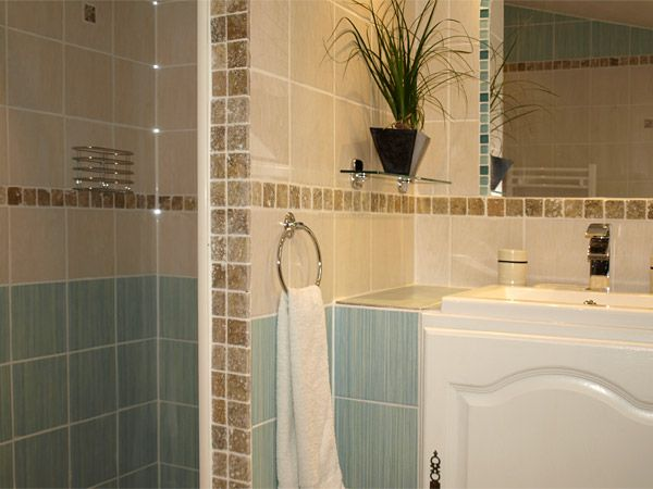 salle de bain provencale google suche ideen badezimmer pinterest salle de bains et salle. Black Bedroom Furniture Sets. Home Design Ideas